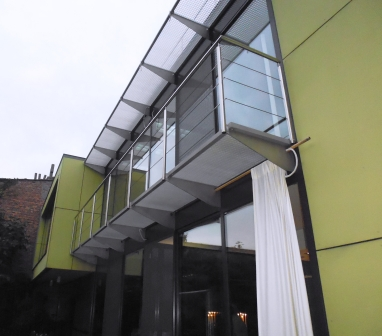Balkon uit inox